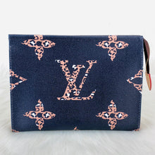 Load image into Gallery viewer, Toiletry Pouch Set Monogram Leather Oversize