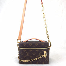 Load image into Gallery viewer, Nice Vanity Chain Bag