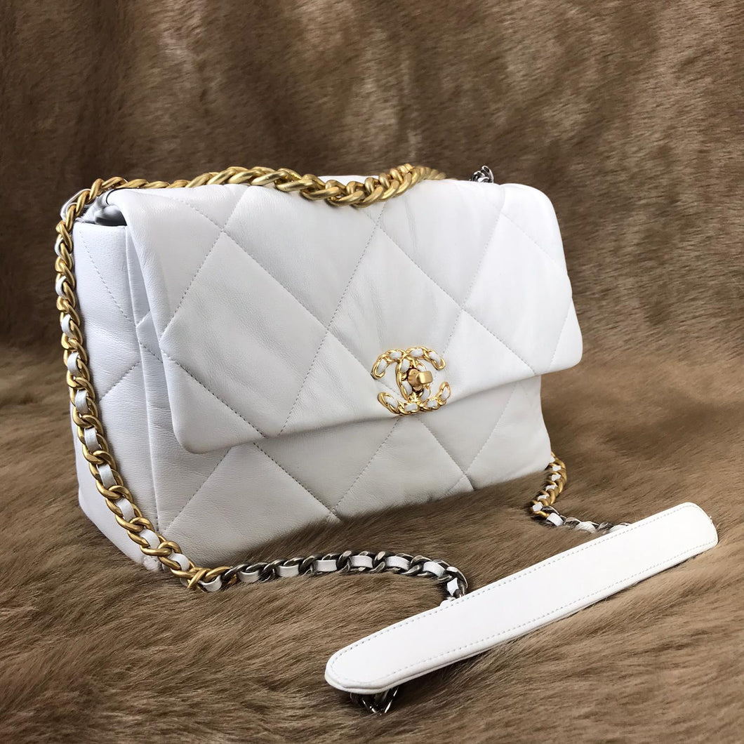 CH19 Large Flap Bag White