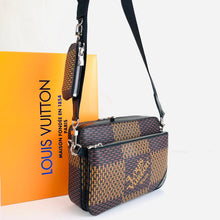Load image into Gallery viewer, Louis Vuitton LV² COLLECTİON Trio Messenger