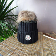 Load image into Gallery viewer, Moncler Women Beret