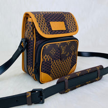 Load image into Gallery viewer, LV² COLLECTİON Messenger Bag