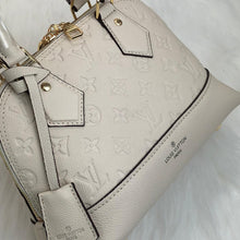 Load image into Gallery viewer, Alma BB Empreinte Tote Bag White