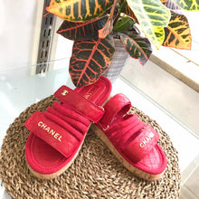 Load image into Gallery viewer, CH Trend Velcro Sandals Red