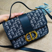 Load image into Gallery viewer, Dior 30 Montaigne Bag