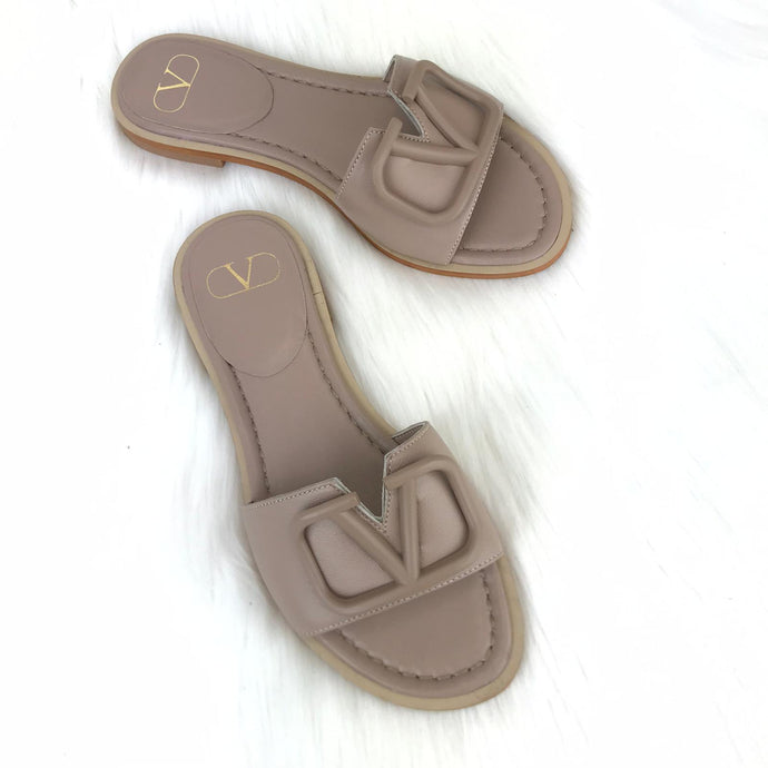 V logo Flat Slide Sandals Mink