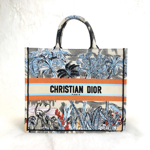 Book Tote In Denim Flower Dior Oblique Canvas