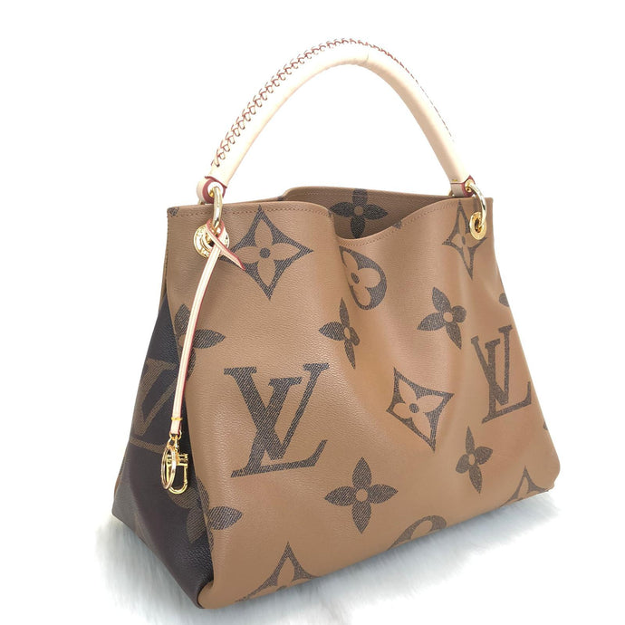 Artsy MM Bag Oversized Monogram