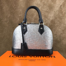 Load image into Gallery viewer, Alma BB Tote Bag Limited Vernis