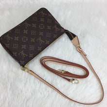 Load image into Gallery viewer, Pochette Accessoires Monogram Canvas