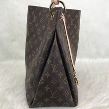 Load image into Gallery viewer, Artsy MM Bag Monogram Canvas Leather