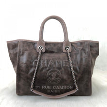 Load image into Gallery viewer, Glazed Deauville Tote Bag Mink