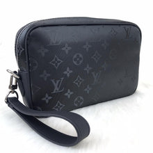 Load image into Gallery viewer, Kasai Clutch Black