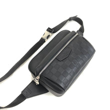 Load image into Gallery viewer, Outdoor Bumbag Damier Graphite