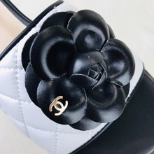 Load image into Gallery viewer, Camellia Flower Sandals White