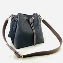 Load image into Gallery viewer, Muria Bucket Bag Black