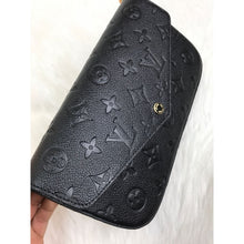 Load image into Gallery viewer, Felice Clutch Empreinte Black