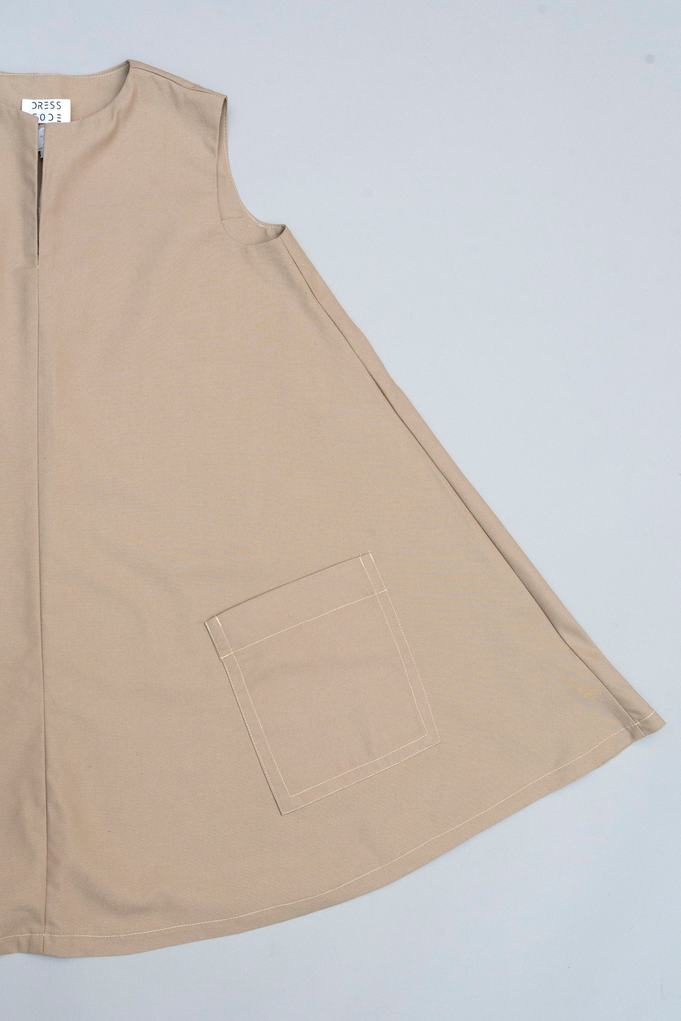 The Staple - in khaki cotton