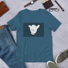 Load image into Gallery viewer, Mickey Rockin' - dropthetee