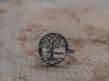 Laden Sie das Bild in den Galerie-Viewer, Fingerring tree of life
