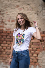 Laden Sie das Bild in den Galerie-Viewer, NATURE54 WHITE  - FRAUEN ORGANIC SHIRT