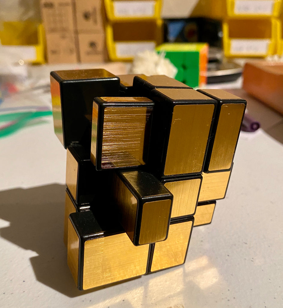 ShengShou Mirror Blocks Black/Gold