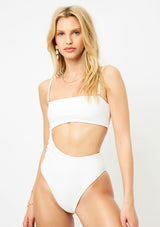 Carter One Piece