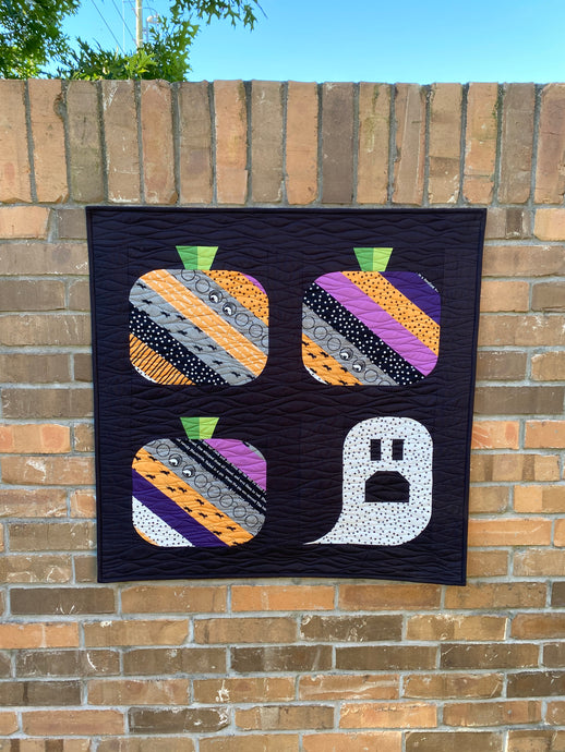 Ghouls and Gourds Scrappy Wall Hanging