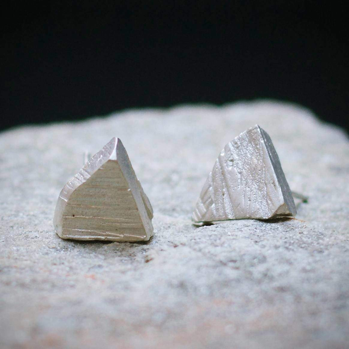 Earrings ALCHEMY post earrings organic ruff pyramid raw black triangle crude rustic studs gift idea september maria solorzano