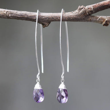 Amethyst drop silver earring. - by Metal Studio Jewelry