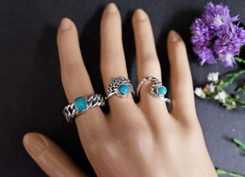 Rings Bali Silver Chain Ring with Turquoise