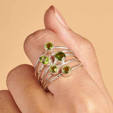 Rings Beautiful Natural Green Peridot Gemstone Silver Ring - by Jewelry Zone