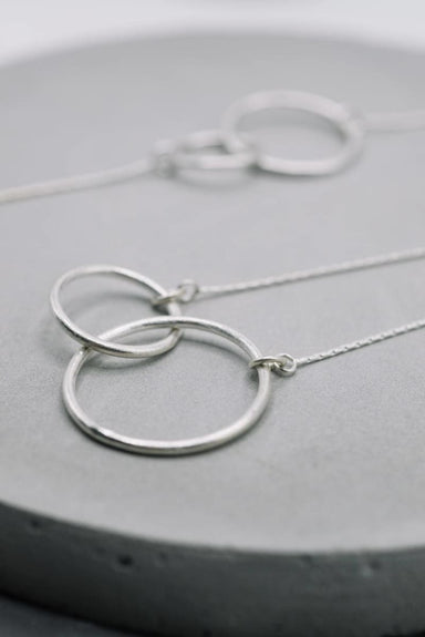 Necklaces Entwined circles infinity pendant silver necklace