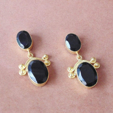 Fashionable Oval Shape Black Onyx Gemstone Designer Post Earrings