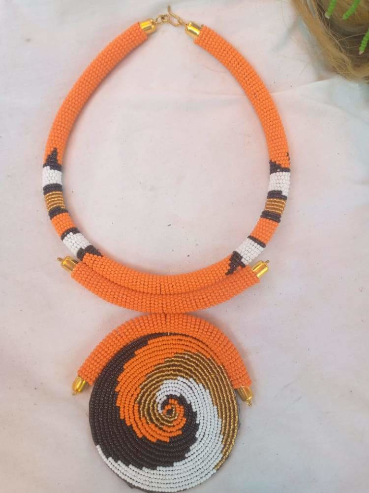 Necklace Fine Beaded Maasai - by NANGIKIS