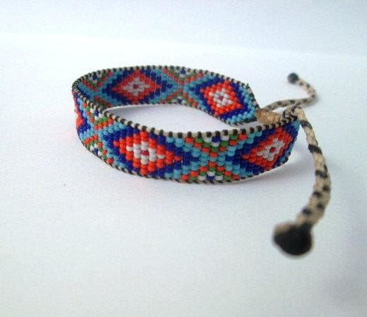 Bracelets Huichol Native American Inspired Multi-Colored Beaded Friendship Bracelet