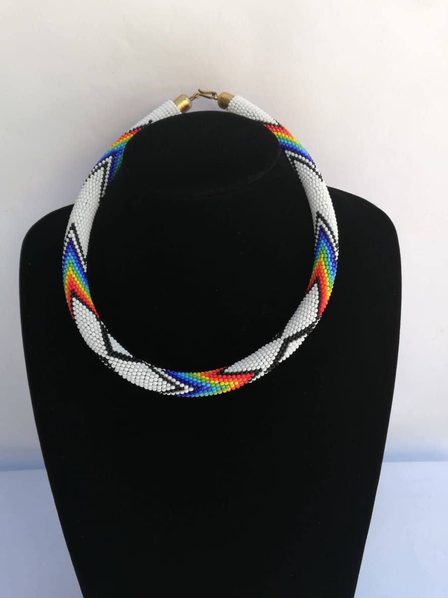 Necklaces Maasai Beaded Necklace in Unique Design - by Naruki Crafts