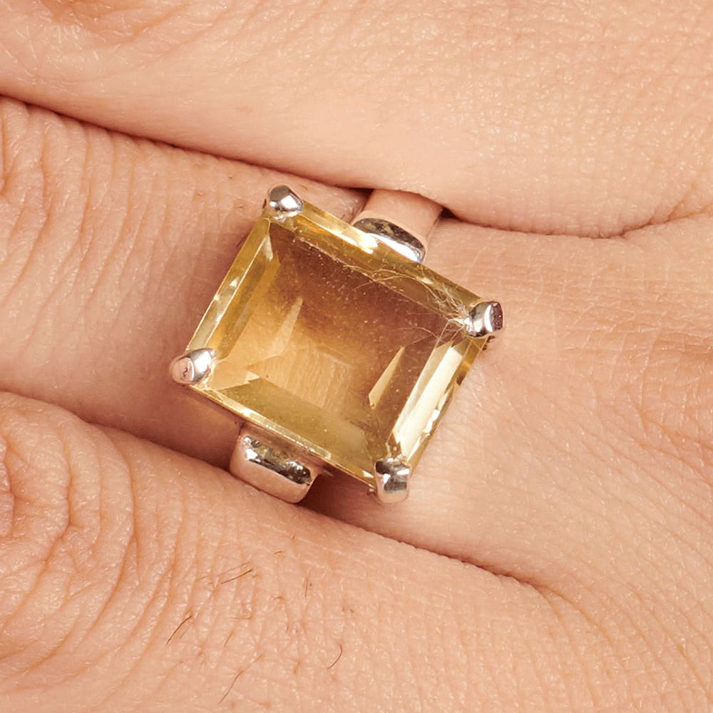 Details about  /Oval Citrine Ring by Balinese craftsman nice handmade Sterling Silver Piece.