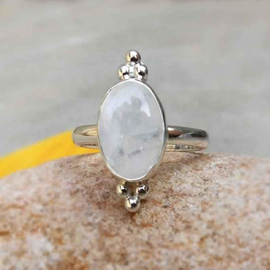 Rings Natural Rainbow Moonstone Ring Gemstone Stacking Bithstone