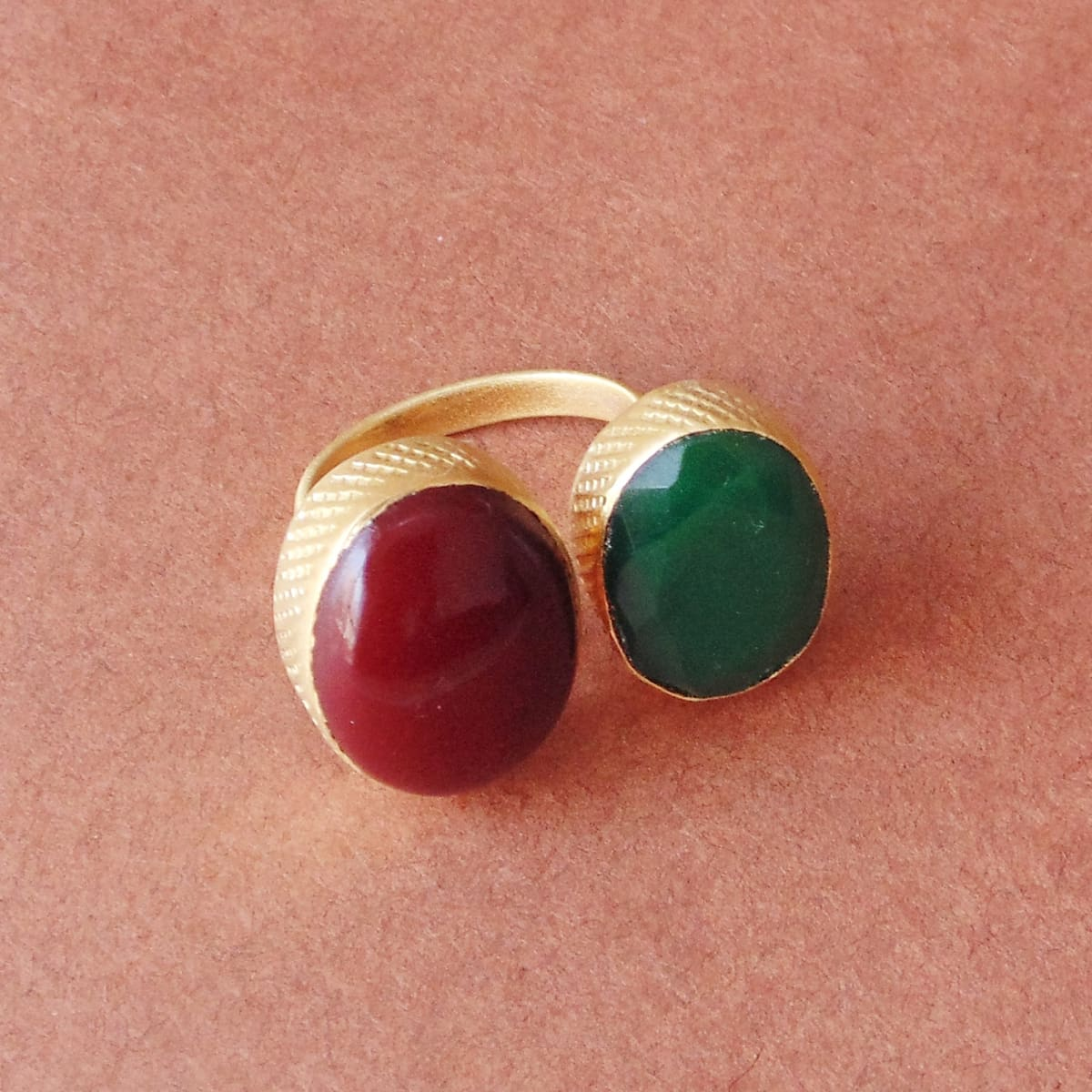Oval Shape Red Coral And Green Onyx Gemstone Bezel Set Party Wear Ring - by Bhagat Jewels