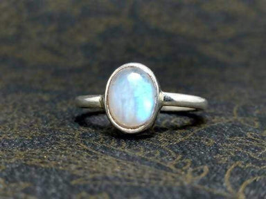 Rings Rainbow Moonstone Ring 925 Sterling Silver Handmade June Birthstone Woman Oval Shape Stone White Jewelry