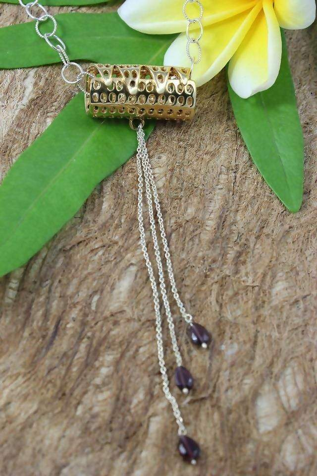 Necklaces On Safari Pendant with Garnets