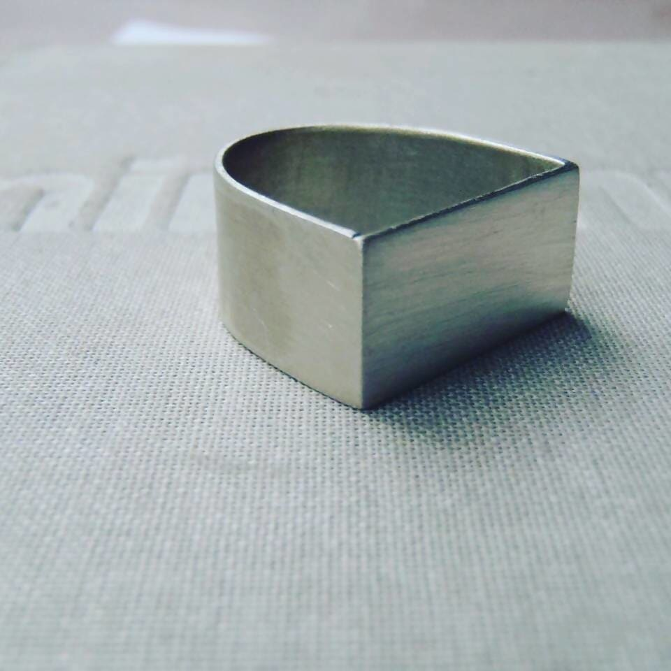 Rings U square wide ring a sober minimal design in brushed or blacked finish. - by dikua