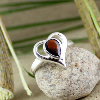 Rings Valentine garnet ring heart shape silver love