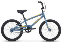 "Load image into Gallery viewer, Fuji Rookie 20"" boys beginner Bicycle"