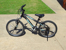 "Load image into Gallery viewer, Bianchi Duel 20"" Girls Teal and Black Young Adults Mountain Bike"