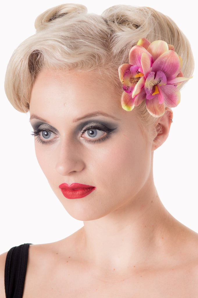 Banned Apparel Blossom Hairclip Dusty Pink