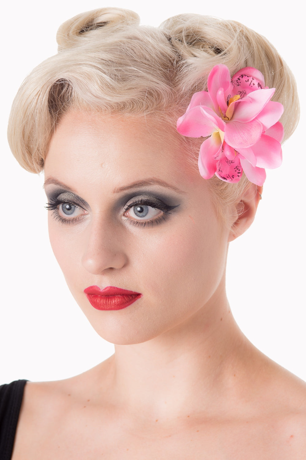 Banned Apparel Blossom Hairclip Pink