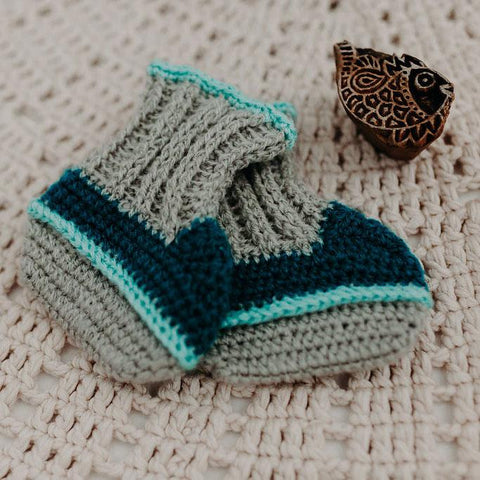 Cove knit booties