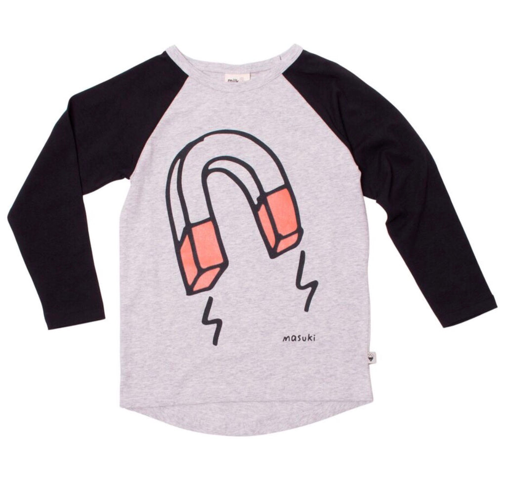 Magnet long sleeve raglan tee